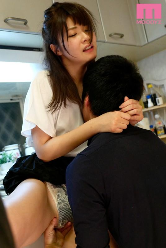 伊東ちなみ 「妹の浮きブラと乳首ポロリ」 サンプル画像 8